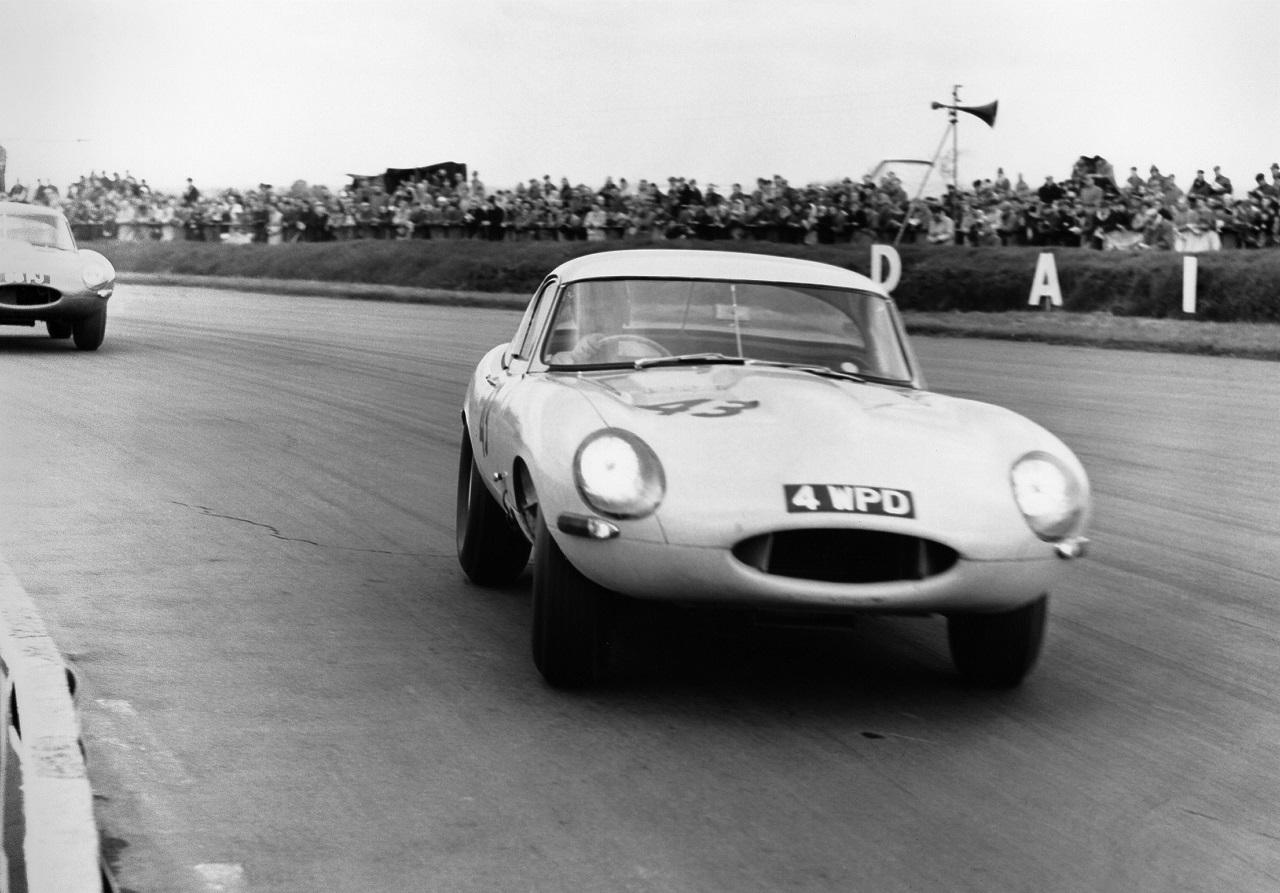 Foto de Jaguar E-Type Lightweight (4/6)