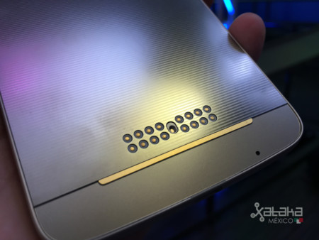 De nuevo aparecen registros del Moto Z Play, ¿lo veremos llegar pronto?