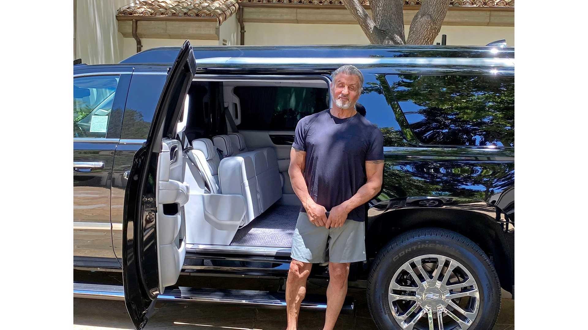 Foto de Cadillac Escalade ESV de Sylvester Stallone (1/23)