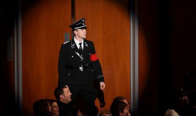Un invitado nazi