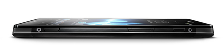 Sony Xperia ion LTE_lateral