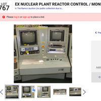 Si quieres tener un panel de control de un reactor nuclear en casa, haz sitio y aprovecha: se subasta uno online