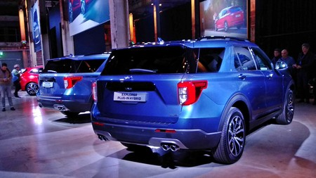 Ford Explorer Phev 2020 1