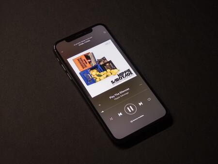 """Esto es Spotify Plus: el nuevo plan """"barato"""" cuesta menos de 20 pesos pero incluye publicidad y sigue en pruebas"""