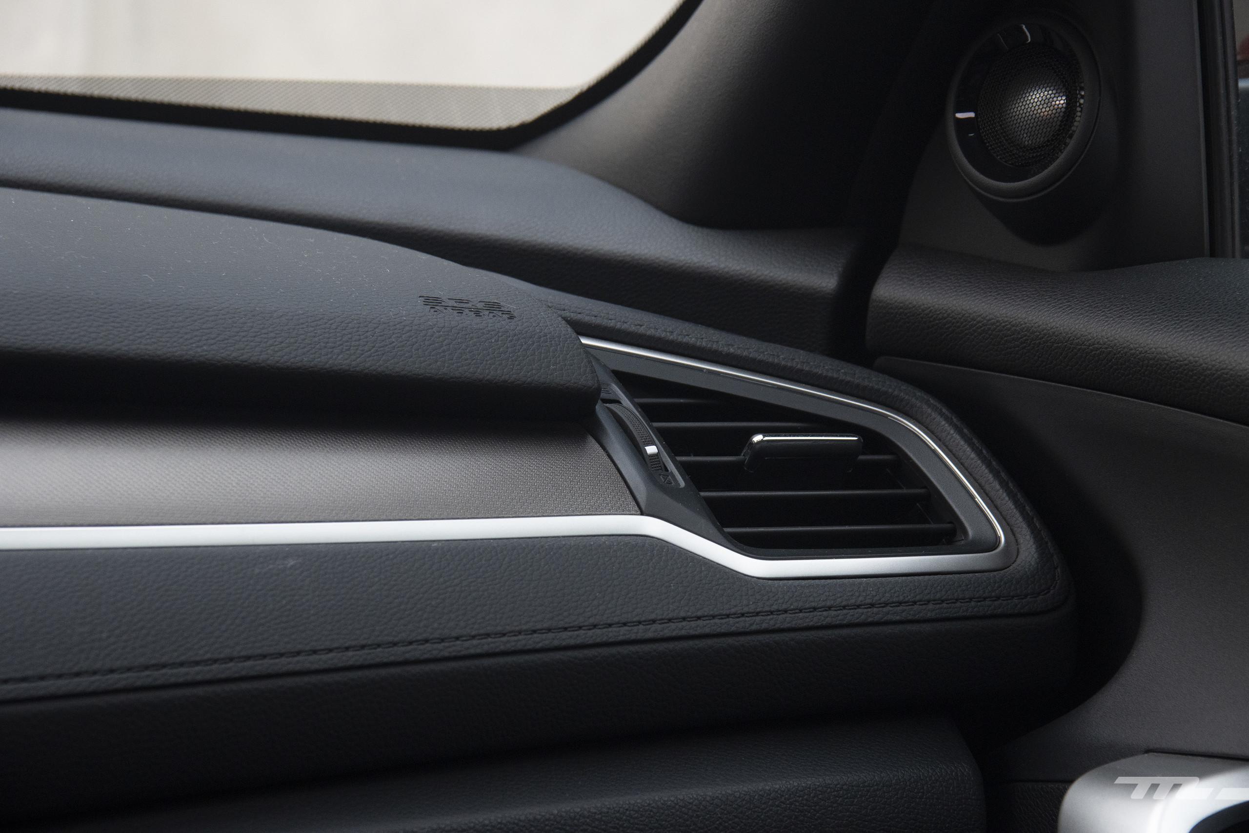 Foto de Honda Civic Coupé 2020 (56/70)