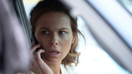 Kate Beckinsale vuelve a la pantalla con 'The Widow', un thriller con tintes dramáticos de Amazon casi a la altura de 'Homecoming'
