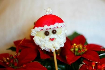 Recetas de Navidad para hacer con niños: Papá Noel hecho con queso