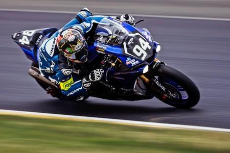 David Checa, Mike Di Meglio y Niccolò Canepa coronan al GMT94 Yamaha en las 24 Horas de Le Mans