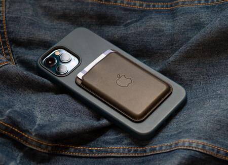 Los iPhone 13 posiblemente traigan conectividad satelital, para hacer llamadas cuando no hay cobertura, según Ming-Chi Kuo