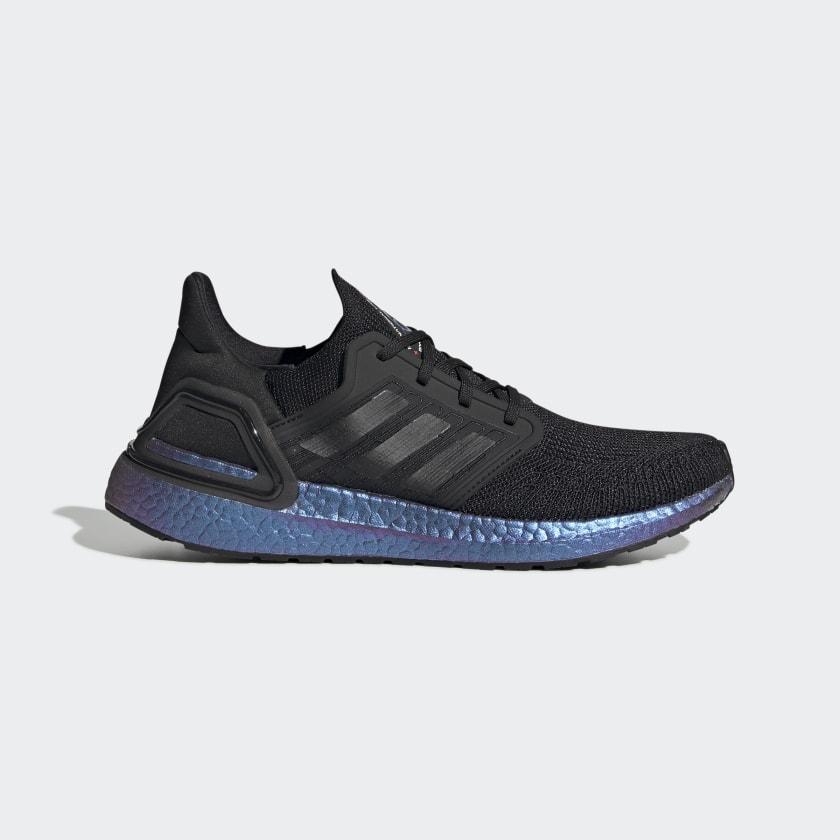 Zapatillas Ultraboost 20 negras con suela morada iridiscente