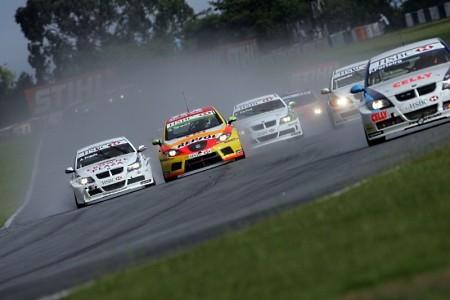 Los Seat TDI con Tarquini a la cabeza se llevan la segunda de Curitiba