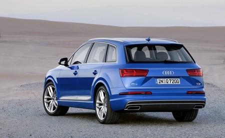 Audi Q7 2015 650 02