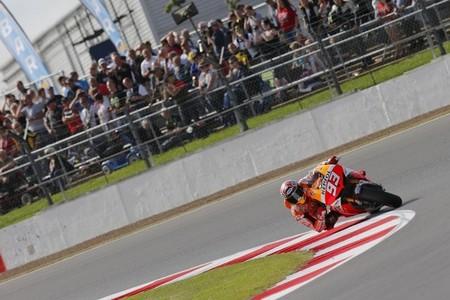 MotoGP Gran Bretaña 2013: pole para Maverick Viñales, Marc Márquez y Takaaki Nakagami