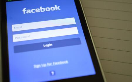 """Redes sociales """"deberían rendir cuentas"""": la Casa Blanca dice que las plataformas tendrían que ser responsables por las fake news"""