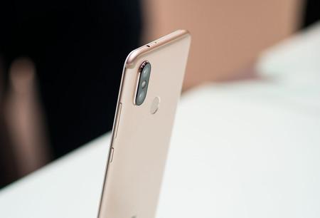 Xiaomi MiA2 de 64GB, con Android One, a su precio mínimo con este cupón de descuento: 140,72 euros