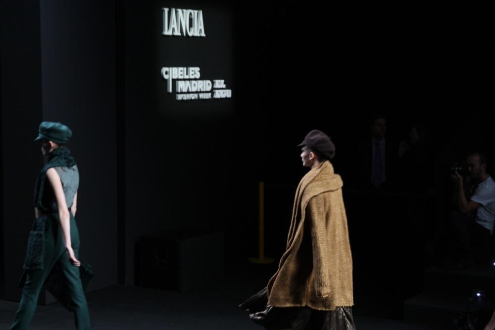 Foto de Jesús del Pozo en la Cibeles Fashion Week Otoño-Invierno 2011/2012 (45/71)