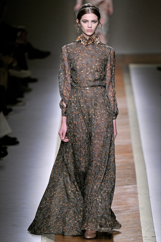 Foto de Valentino Otoño-Invierno 2011/2012 en la Semana de la Moda de París: la moda está triste (9/23)