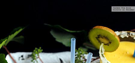Smoothie de piña, mandarina y jengibre. Receta fácil para un desayuno saludable