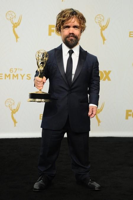 Elegante Emmy 3