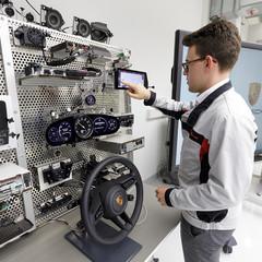 Foto 8 de 19 de la galería porsche-911-992-descubriendo-su-tecnologia en Motorpasión