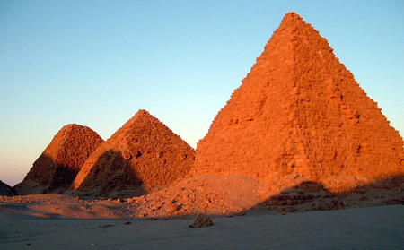 Descubiertas nuevas pirámides en Egipto y Sudán