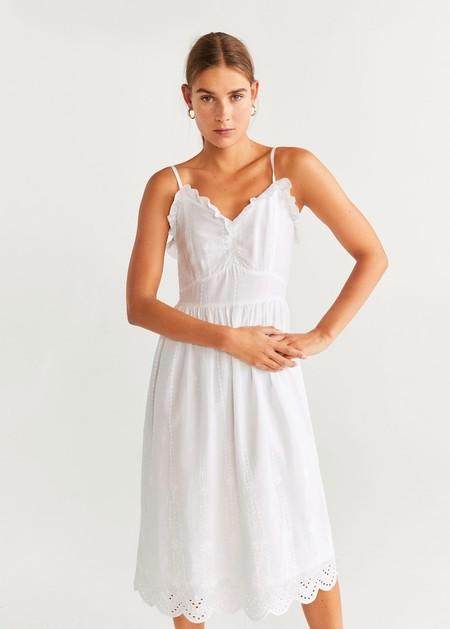 https://www.zara.com/es/es/vestido-bordado-perforado-p00881115.html?v1=39621573&v2=1511729