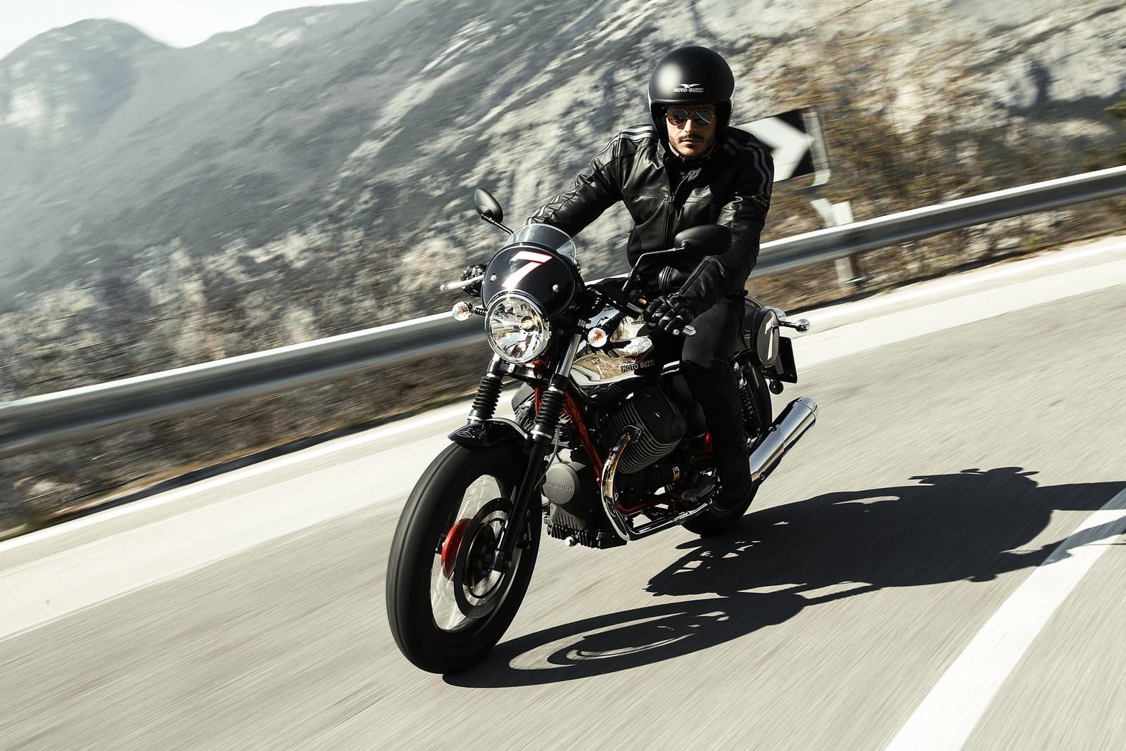 Foto de Moto Guzzi V7 Racer (45/49)
