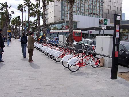 Estacion De Bicing En Barcelona Marcbel