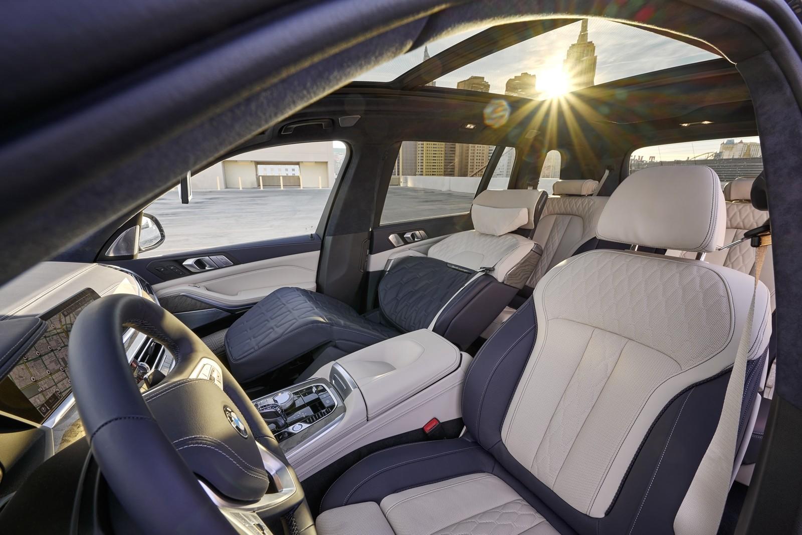 Foto de BMW X7 ZeroG Lounger 2020 (2/15)