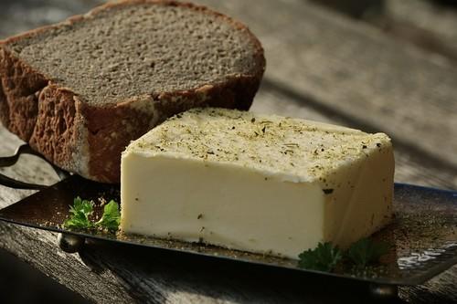 Si te gusta la mantequilla francesa tienes un problema: cada vez hay menos