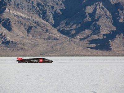 Ya hay vídeo (y audio) del increíble Triumph Infor Rocket Streamliner en plena acción