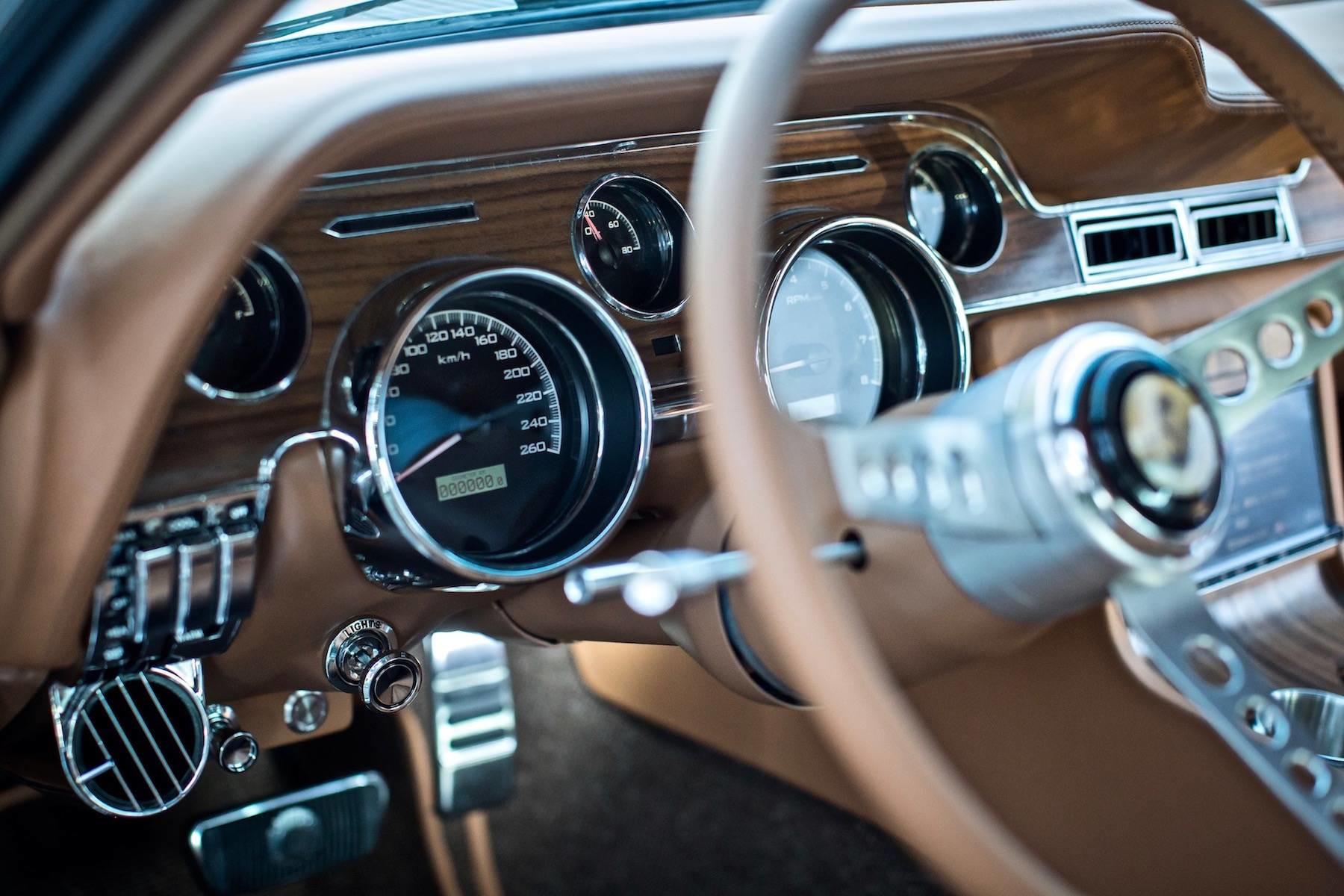 Foto de Ford Mustang 68 por Revology (4/9)