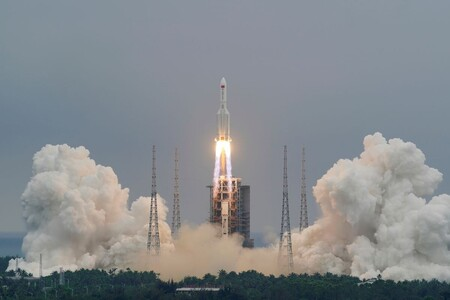 China tiene una idea para desviar asteroides potencialmente peligrosos: impactarlos con 23 cohetes de 900 toneladas cada uno