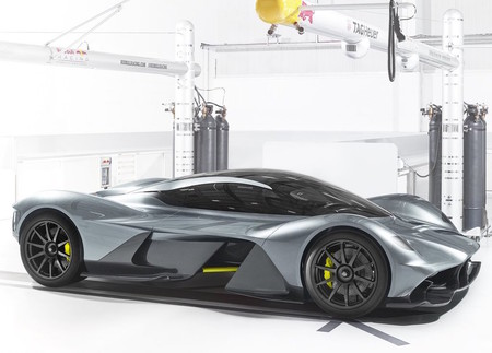 Aston Martin Am Rb 001 2018 1024 02
