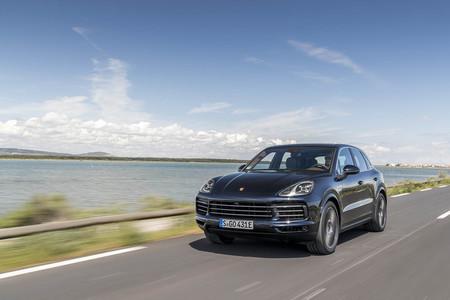 Probamos el Porsche Cayenne E-Hybrid 2018, un imponente SUV híbrido enchufable de 462 CV que quería ser un deportivo