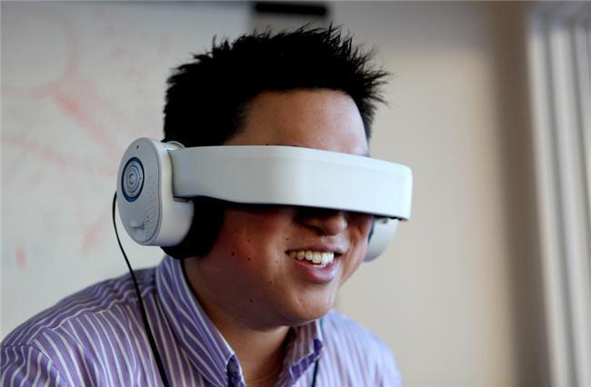 Glyph quiere ir más allá de Oculus Rift y hacer que nos olvidemos de ir al cine