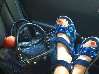 ¿Pensabas que te habías deshecho de las ugly shoes? ¡Ja!