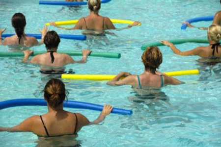 En invierno, la piscina es una buena opción para entrenar