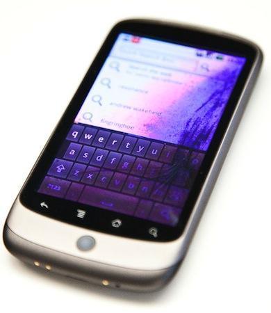 El Nexus One no está hecho para que te lo metas en el bolsillo