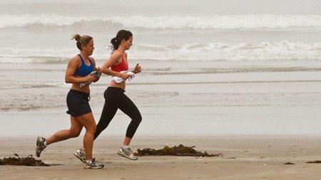 Si corres por la playa, recuerda los siguientes consejos