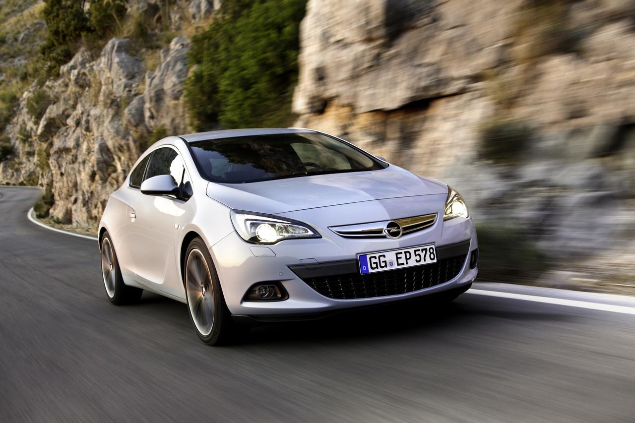 Foto de Opel Astra GTC (45/90)