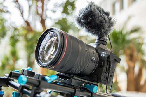 """La nueva Canon EOS R5 aspira a """"cámara de cine"""" con grabación 8K sin recorte: todo lo que sabemos sobre ella"""