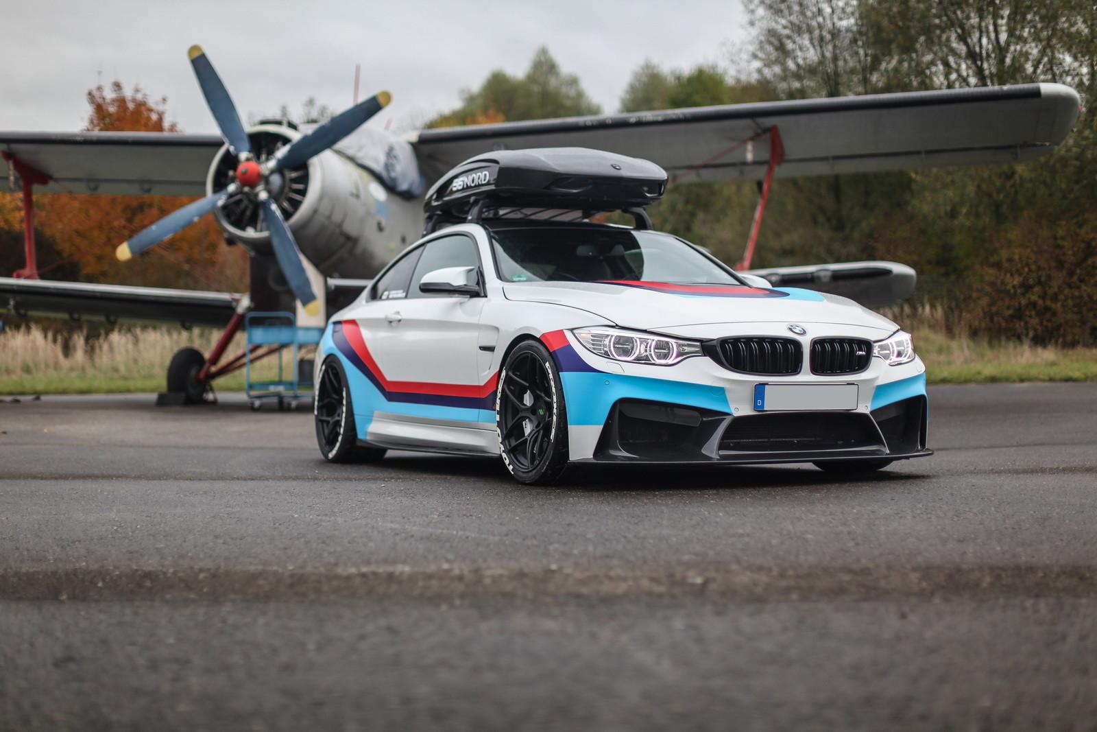 Foto de BMW M4R (2/29)