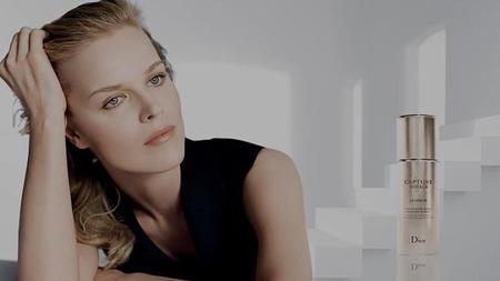 El nuevo Sérum Capture Totale de Dior restablece la sincronización entre las células para una mayor elasticidad