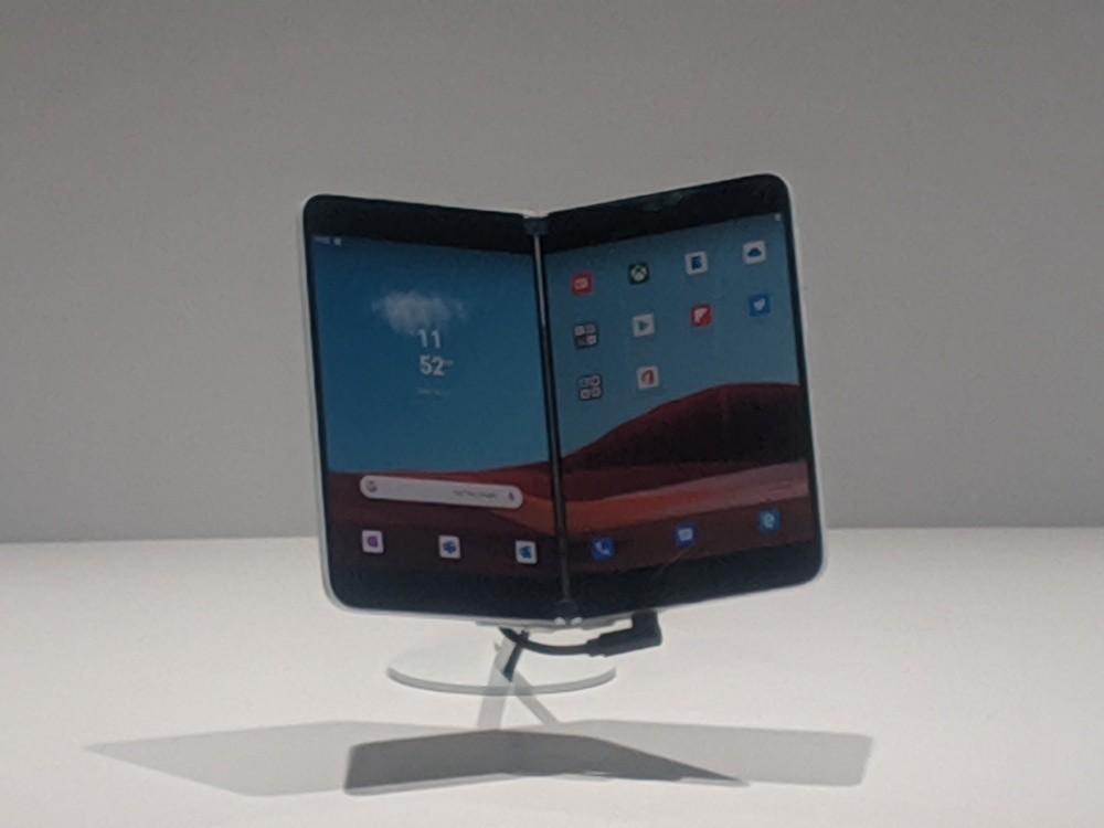 Así se verán las aplicaciones más importantes de Microsoft para Android en la doble pantalla del Surface Duo