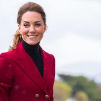 Así es el look que ha elegido Kate Middleton el día que el mundo entero ha conocido a su nuevo sobrino