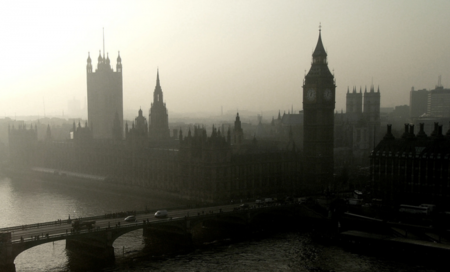 Apple negocia con los bancos británicos para que acepten Apple Pay en la primera mitad del 2015