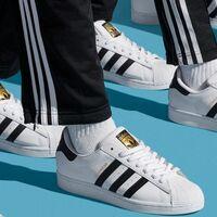 Estas zapatillas Adidas Superstar son las más vendidas de Amazon y hoy las tienes desde 38 euros con envío y devolución gratis