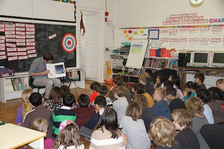 La lectura se puede promocionar en cualquier momento de la jornada escolar, y desde cualquier asignatura