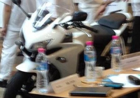 Honda CBR500R y CB500, fotos espía en Thailandia
